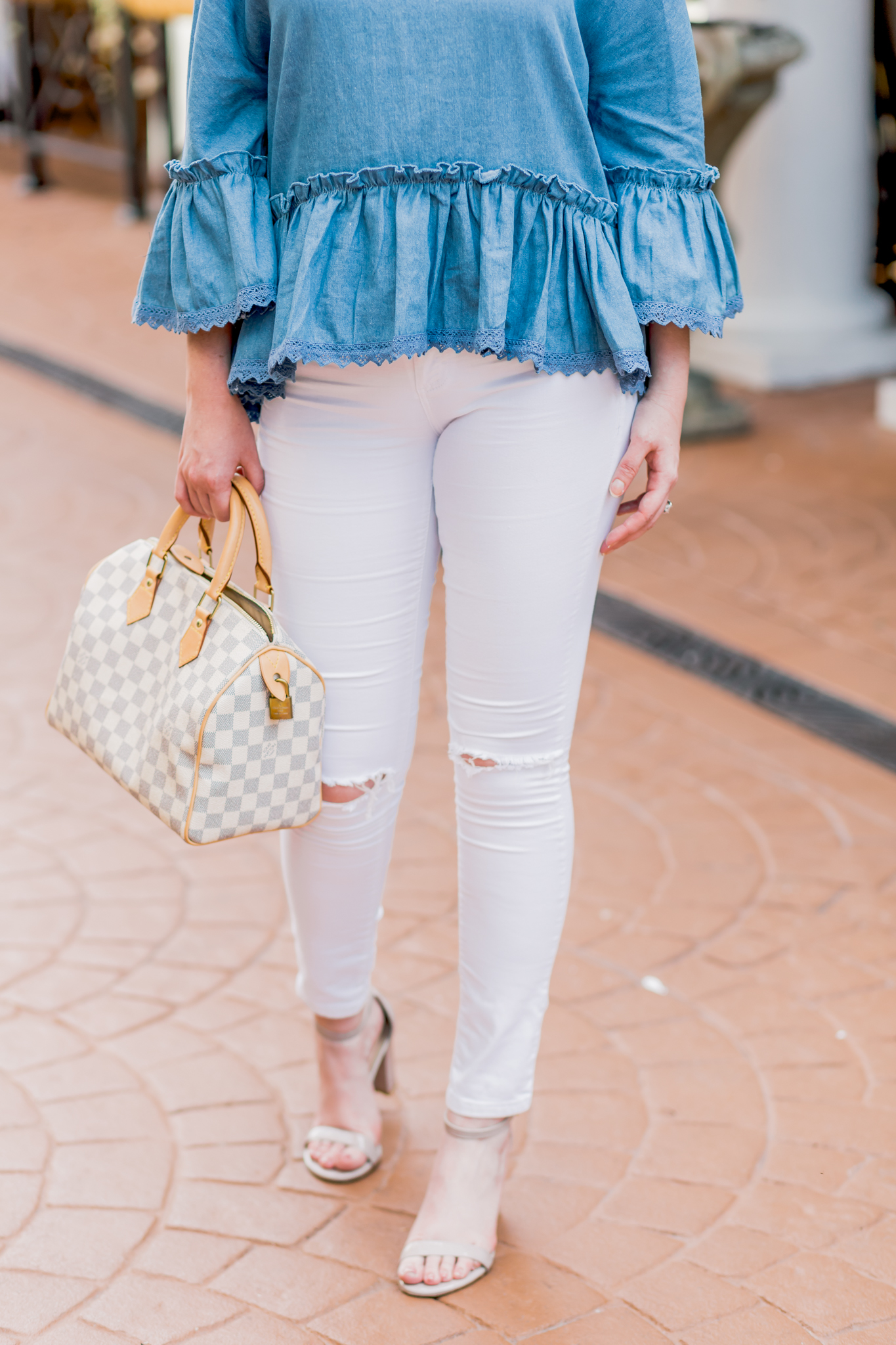 chambray, chambray top, white denim, white ripped jeans, stuart weitzman barely nude, louis vuitton speedy 25, damier azur, topshop jamie jeans