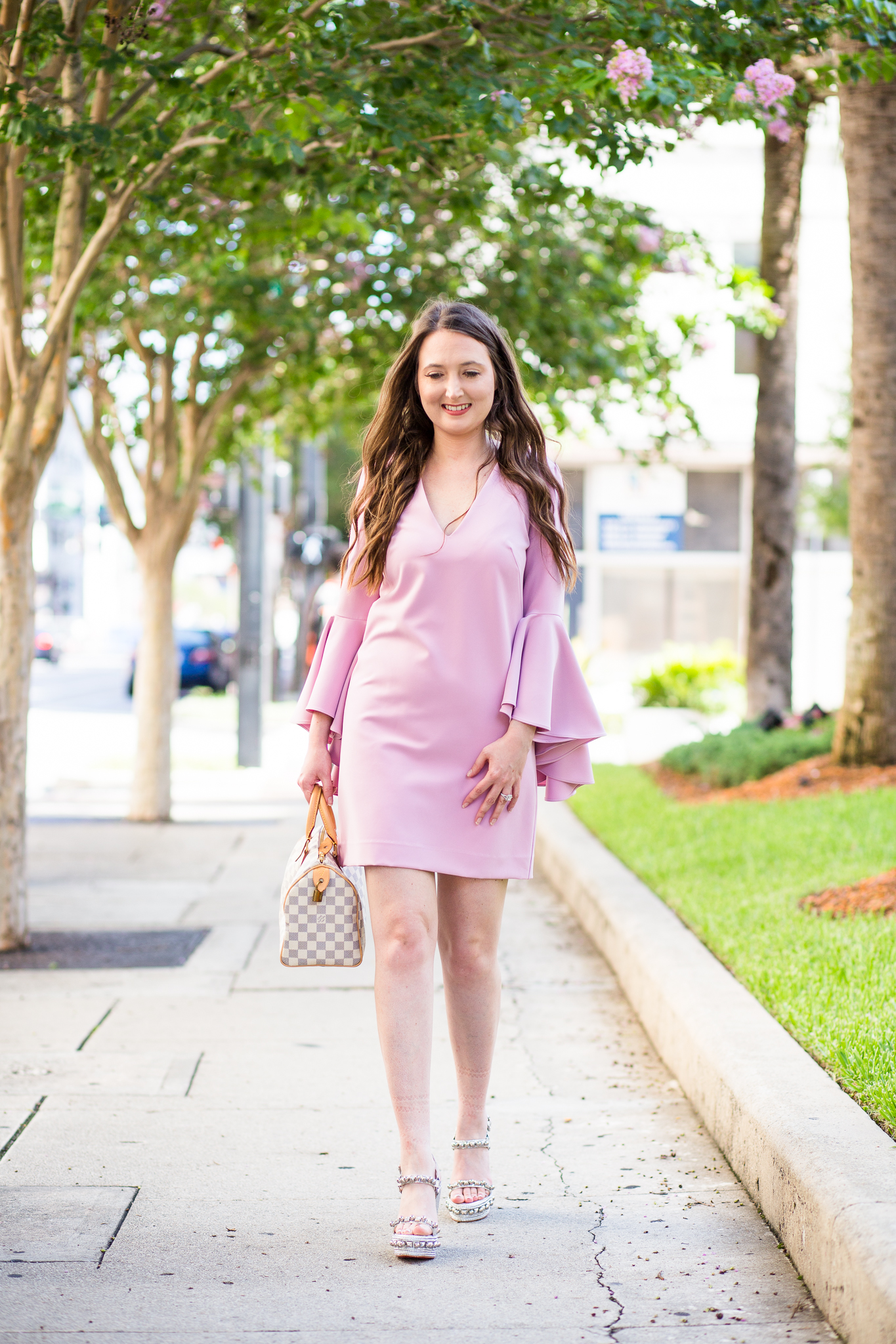 RUFFLE ME PINK WITH BELL-SLEEVES AND STUDS, Milly dress, milly nicole bell sleeve dress, christian louboutin wedges, christian louboutin cataclou, summer dress, pink dress, pink bell sleeve dress, silver wedges, louis vuitton speedy 25 azur, pink ruffle dress