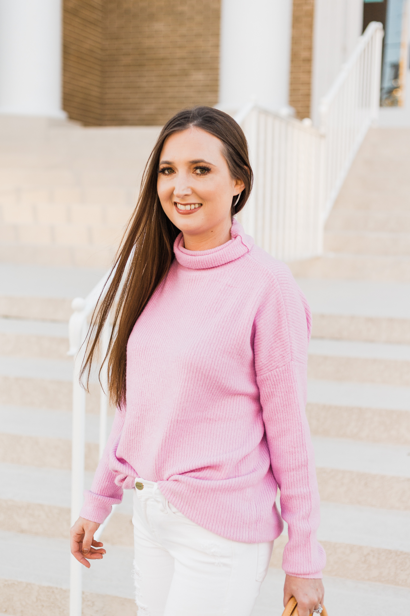 Pink oversized sweater style inspiration | Christinabtv