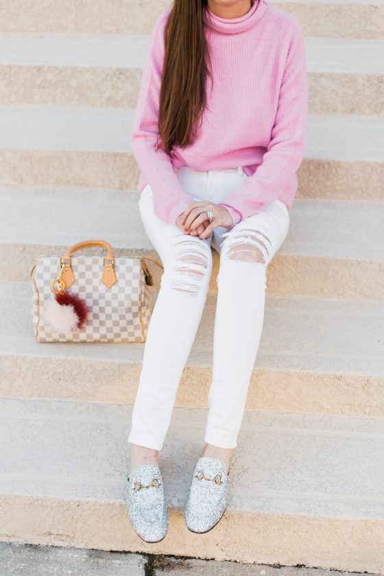 Pink oversized sweater style inspiration