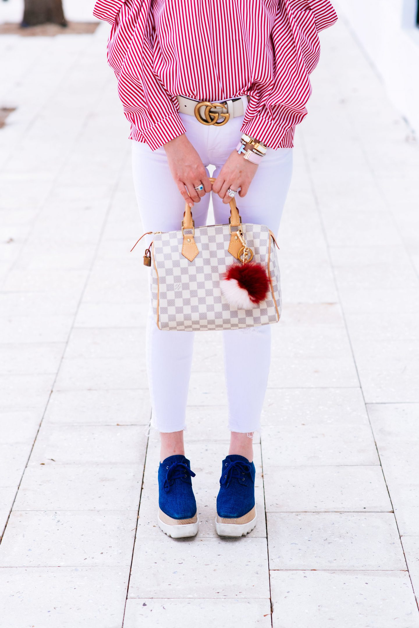 How To Style White Jeans With 5 Simple Outfits, stella mccartney sneakers, white gucci marmont belt