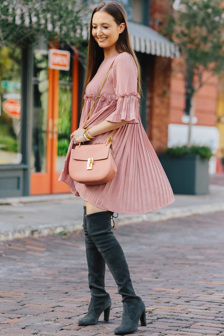 what to wear in fall when its hot, what to wear in fall when its warm, fall fashion 2018, fall fashion in warm weather, fall fashion when its hot, hot fall, stuart weitzman otk boots, otk boots, chloe drew bag, chloe drew pink, pink and grey outfit, what to wear in fall, fall outfit