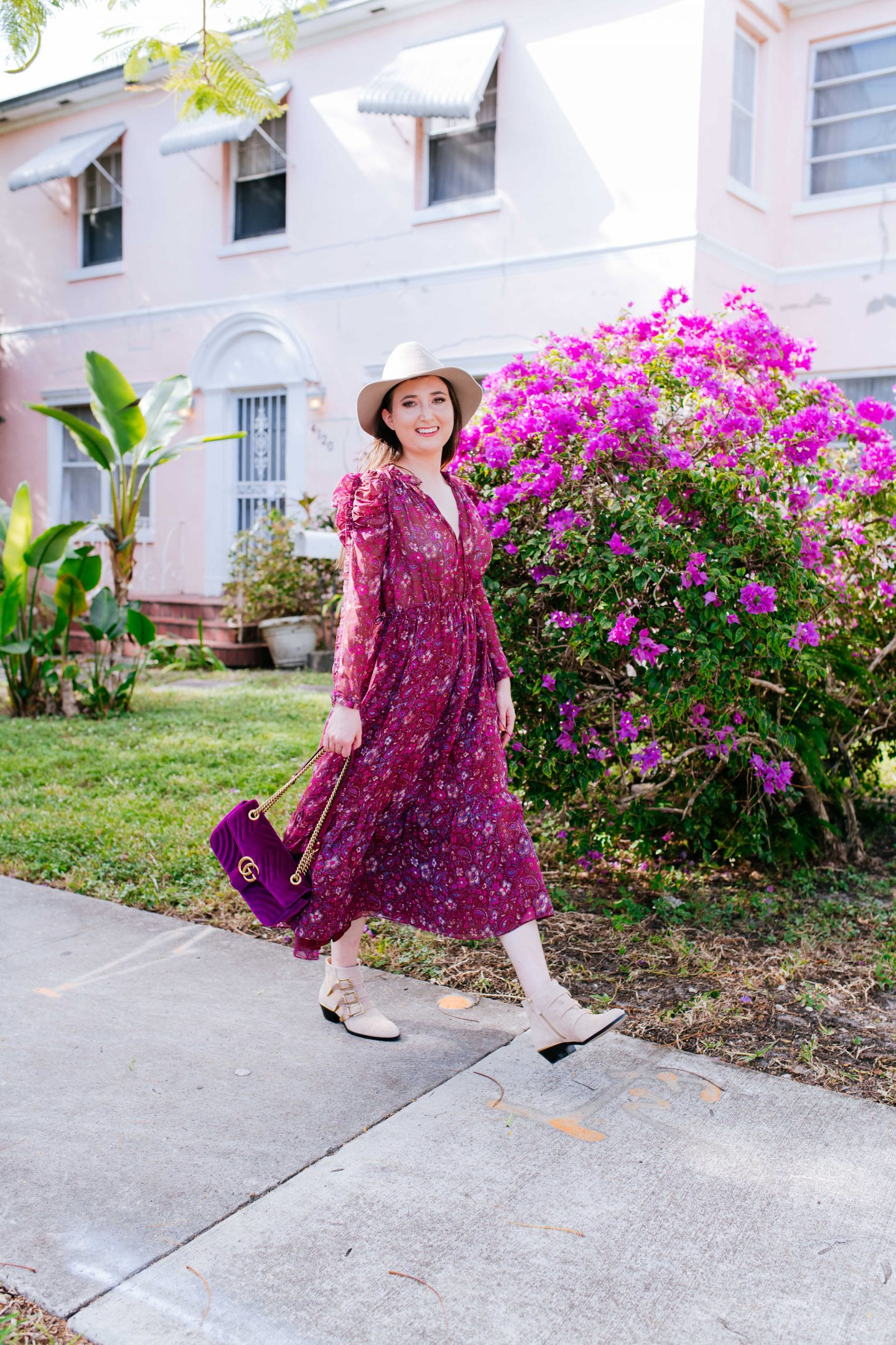 10 Easy To Copy Outfits That Will Make You Look Expensive, paisley dress, paisley midi dress, ulla johnson dress