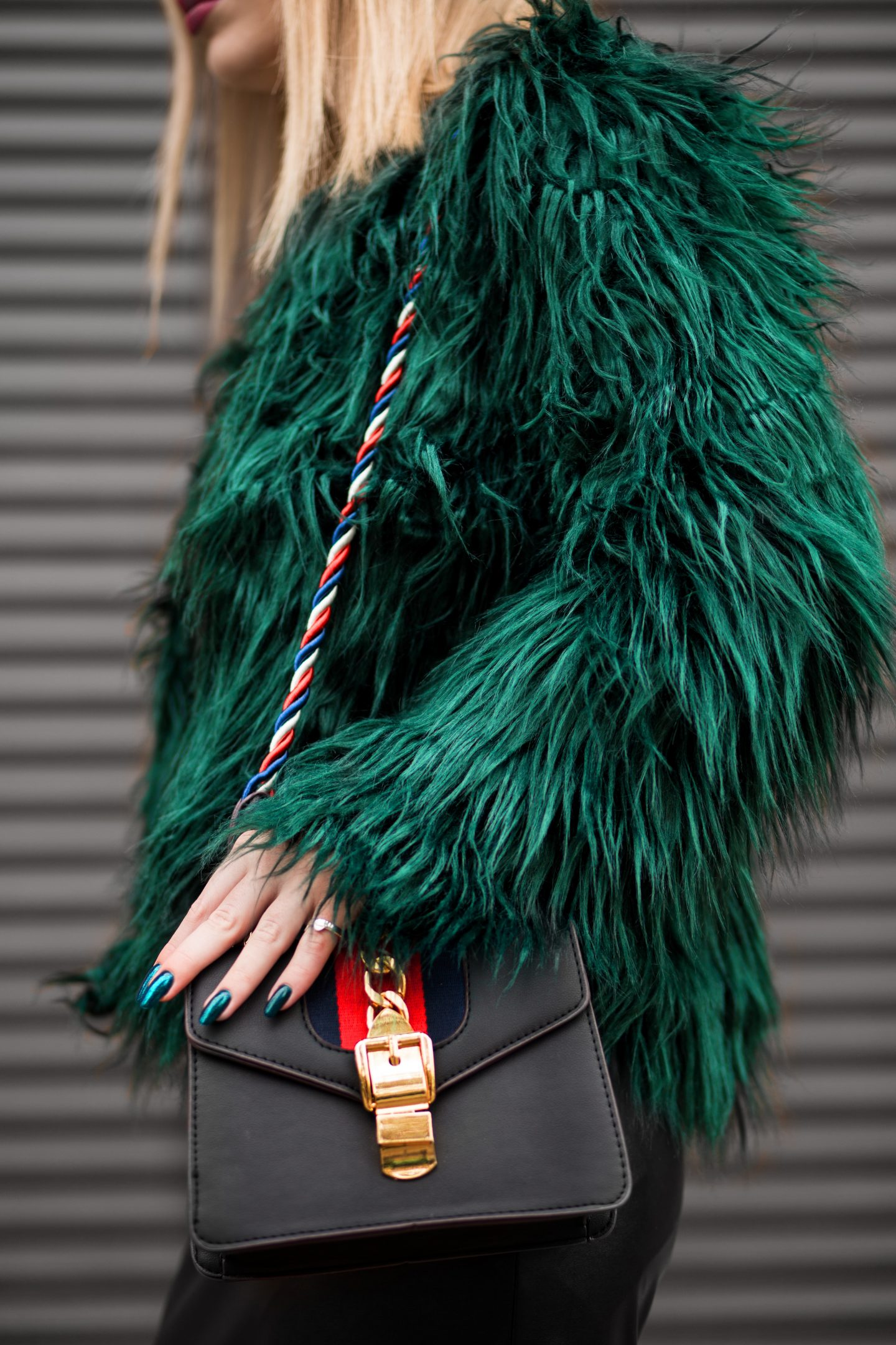 Too many clothes, nothing to wear, green fur jacket, gucci bag, gucci chain bag, fashion blog