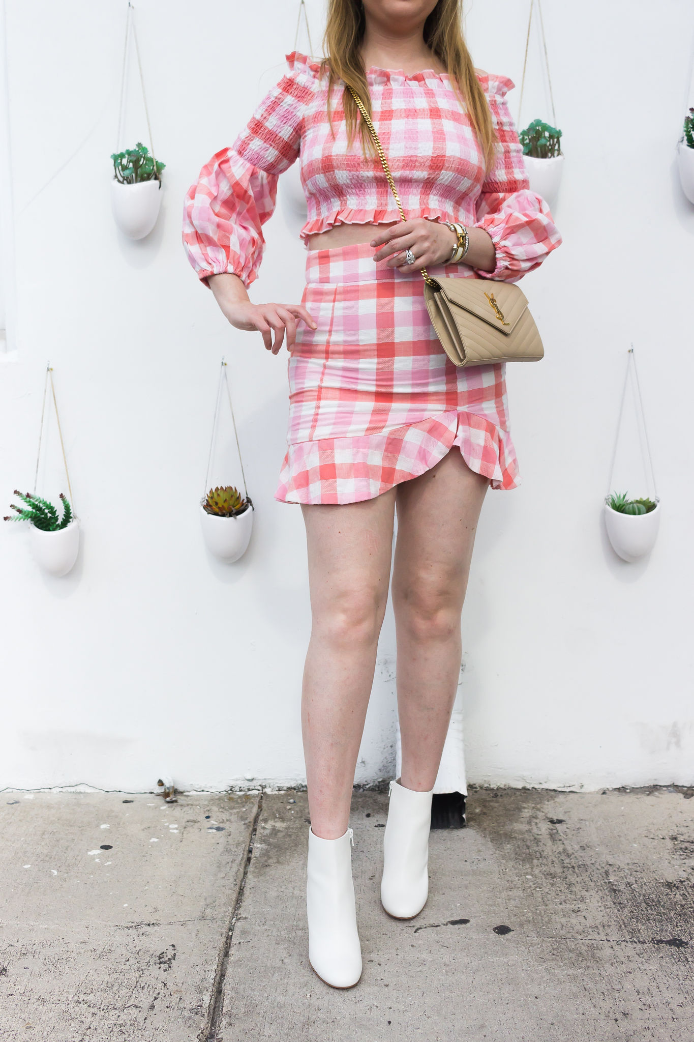 7 Steps To Dress Like A Millionaire Without Spending Much Money, suboo, SUBOO Sundown Shirred Cropped Top & Mini Skirt, suboo matching set, pink matching set, pink matching crop top set, louboutin white boots, white boots, wynwood walls, miami wynwood walls, ysl wallet on chain, ysl nude wallet on chain