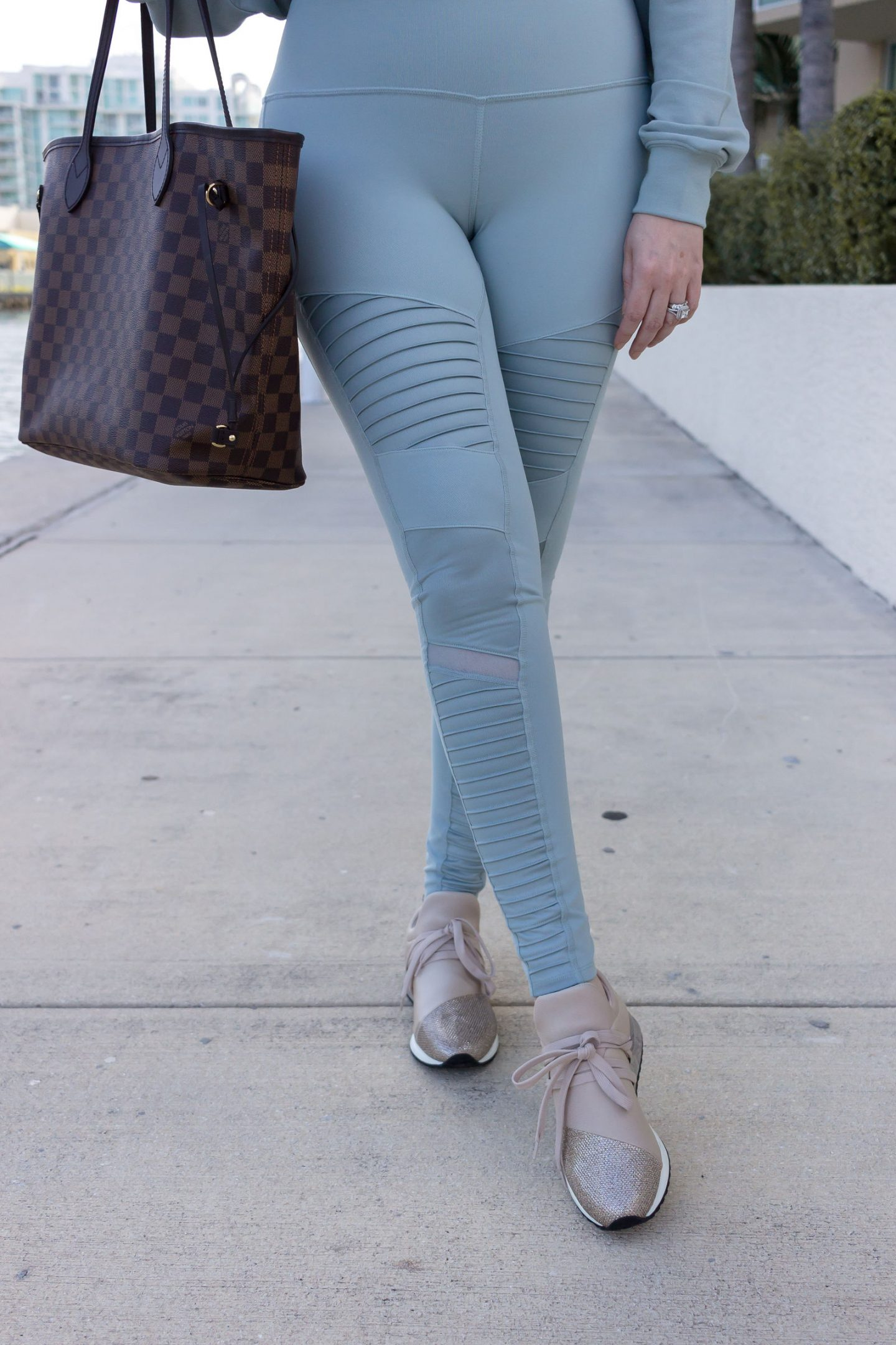 Athleisure Outfit That Will Motivate You To Hit The Gym, alo yoga, nordstrom anniversary sale athleisure, j slides zorro sneakers, louis vuitton neverfull mm damier ebene, alo yoga motto leggings, nsale