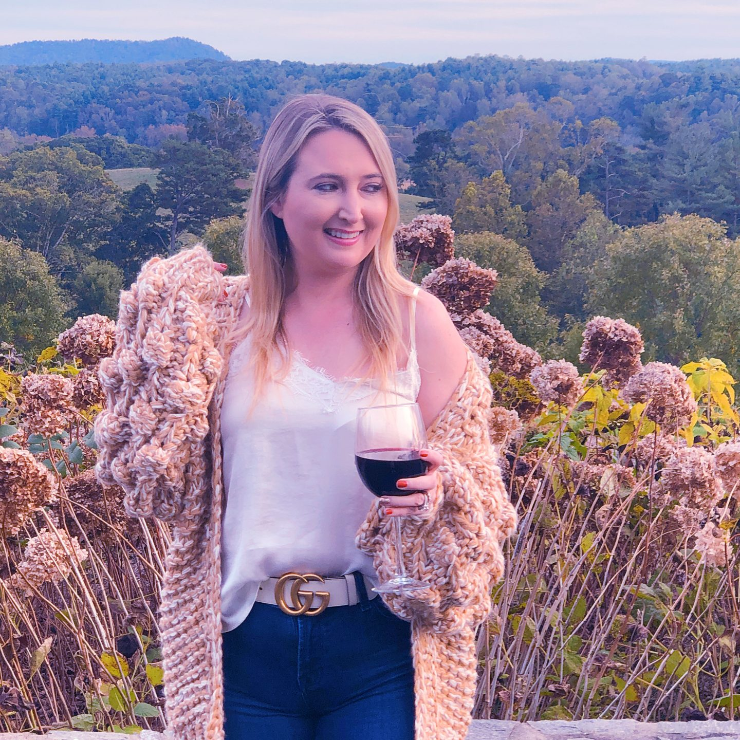 What To Wear In Asheville In Fall, carmel pom pom cardigan, chicwish sweater, asheville style, asheville fashion, gucci white belt, gucci marmont belt, abercrombie jeans, biltmore estate fashion