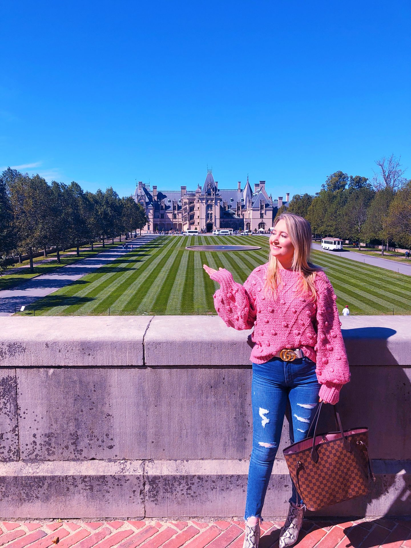 What To Wear In Asheville In Fall, pink pom pom sweater, asheville style, asheville fashion, gucci white belt, gucci marmont belt, biltmore castle, biltmore estate